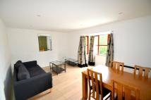 Flat to rent in Admiral Court...