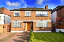 6 bed Detached house in Ashley Lane, Hendon