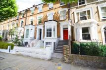 Flat to rent in HAMMERSMITH GROVE...