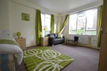 Ground Flat to rent in John Aird Court, London...