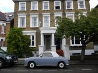 Studio flat to rent in Cleveland Road, London...