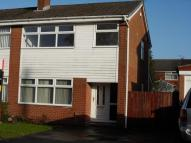 3 bed semi detached property to rent in Arlington Drive, Leigh