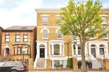 semi detached house in Ramsden Road, London...