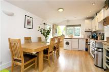 3 bed Flat for sale in Midmoor Road, London...