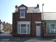 3 bed End of Terrace property in Glenthorne Road...