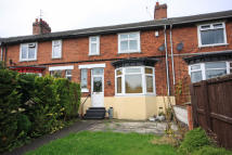 Terraced property to rent in PLANTAGENET AVENUE...