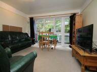 3 bedroom house in Hawe Close, Canterbury...
