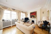 Flat in 64 South Audley Street...