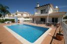 4 bedroom Villa for sale in Varandas do Lago...