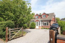 3 bedroom semi detached property for sale in Osbourne Road, Warsash
