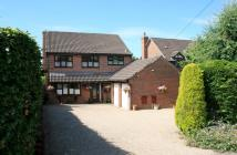 4 bed Detached property for sale in Spring Lane, Swanmore