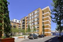 Flat to rent in Napier House, Acton...