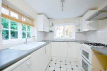 3 bedroom property to rent in Carthew Road...