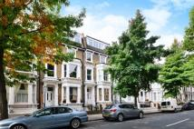 2 bed Flat in Hammersmith Grove...