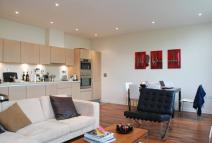 1 bed Flat to rent in Bromyard House, Acton, W3
