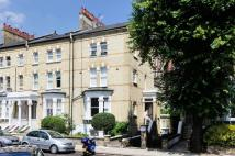 2 bedroom Flat in Edith Road...