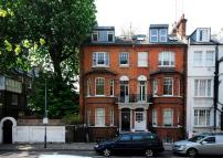 Flat to rent in Avonmore Road...