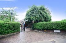 2 bed Flat in Woodmans Mews, London...
