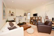 2 bedroom Maisonette in Sedgeford Road...