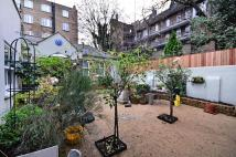 1 bed Cottage to rent in Addison Bridge Place...