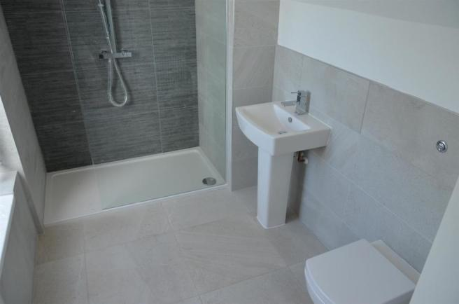 Bathroom/En Suite