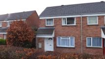 3 bed property in Woolbarn Lawn Whiddon...