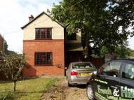 Detached property to rent in Danbury