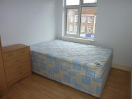 Flat Share in Ashfield Parade, London...