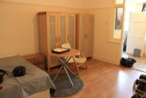 1 bed Ground Flat to rent in Tottenhall Road, London...