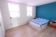 1 bed Flat to rent in Waverley Road, Enfield...