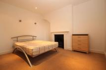 4 bed Terraced home to rent in Baker Street, Enfield...