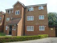 Flat to rent in Plumtree Close, Dagenham
