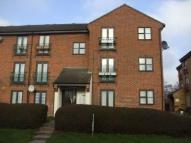 2 bed Flat to rent in Shafter Road, Dagenham