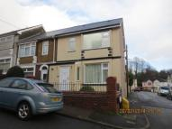 End of Terrace property in Twmpath Road, Pontypool,