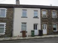 3 bedroom property to rent in Blaen Blodau ...