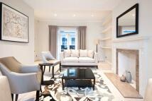 3 bedroom Terraced property to rent in De Vere Gardens, London...