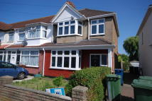 3 bed semi detached property to rent in Cheltenham Place, Kenton...