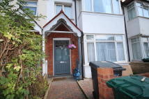 3 bed Terraced home to rent in Hamilton Road...
