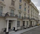 Flat to rent in WESTBOURNE CRESCENT...