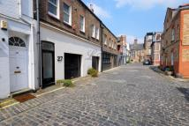 Mews to rent in Weymouth Mews, London...