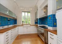 property to rent in Lonsdale Square, Islington, London, N1