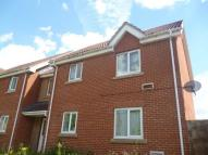 1 bed Ground Flat to rent in Honeywick Close...