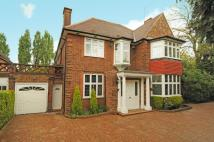 5 bedroom house to rent in Hocroft Avenue West...