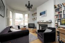 2 bed Flat to rent in Maygrove Road West...