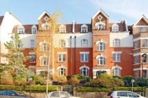 2 bed Flat to rent in Honeybourne Road London...