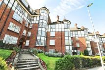 Flat in Hendon Way NW2