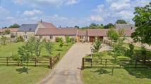3 bedroom Barn Conversion in Stowe, Langtoft...