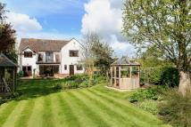 5 bed Detached home for sale in Lincoln Road...