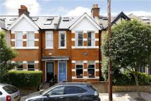 Second Avenue Terraced house to rent