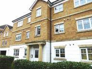 Flat in Symphony Close, Edgware...